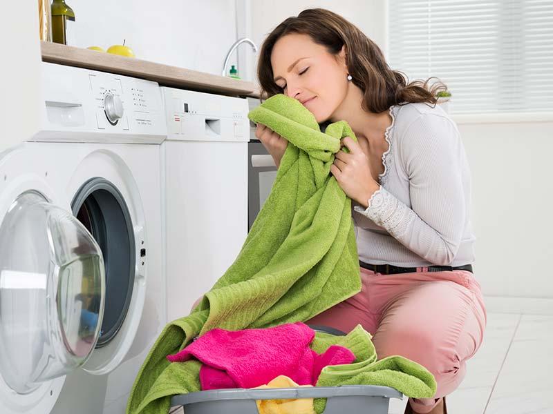 ¿Es normal que mi lavadora suene como un concierto de rock?